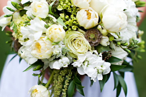 newberry-brothers-wedding-bouquet_feature22