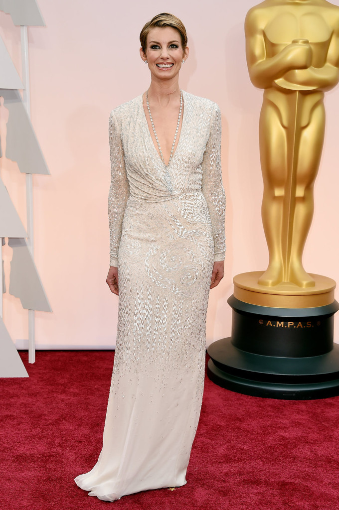 faith-hill-oscars-red-carpet-2015