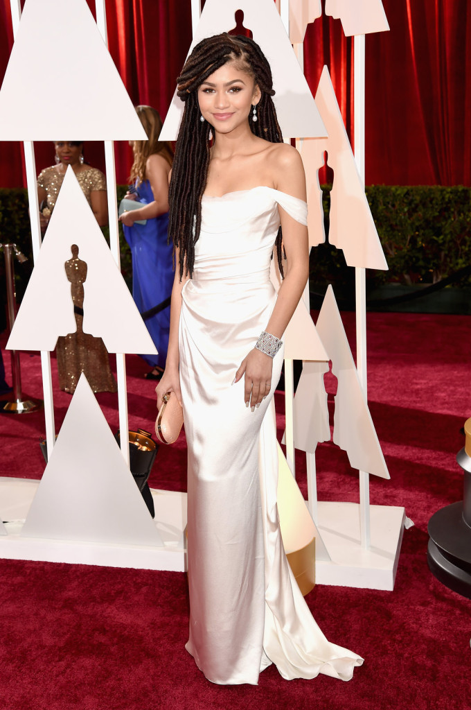 zendaya-oscars-red-carpet-2015