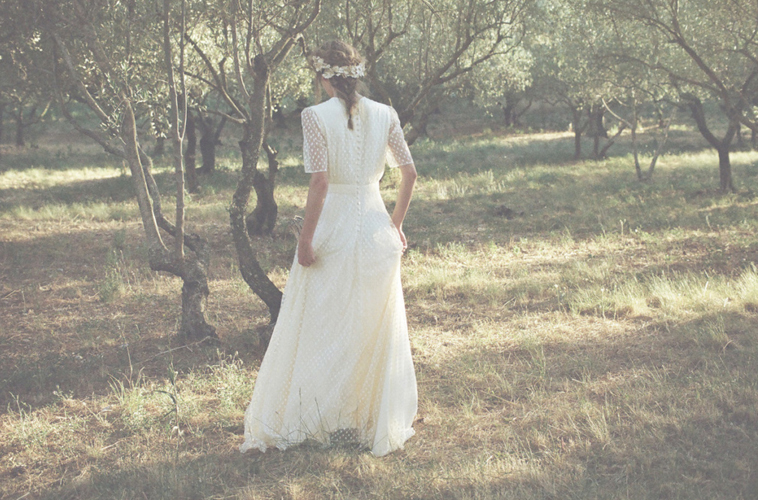 Parisian Style Guide for the Minimal Bride | Enchanted Brides